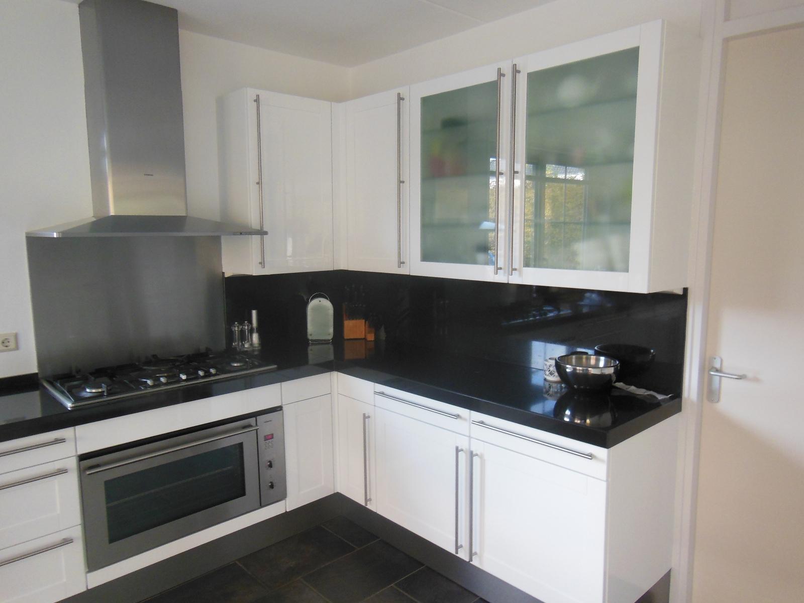 Deuren Laten Spuiten : Home both interieurspuiterij keuken laten spuiten